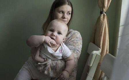 Мать одиночка: льготы, пособие и как получить