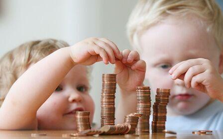 Какие выплаты можете получить при рождении ребенка?