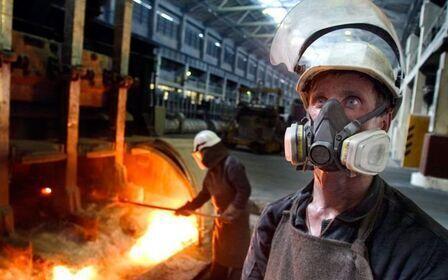 Вредные условия труда: профессии, факторы и справки