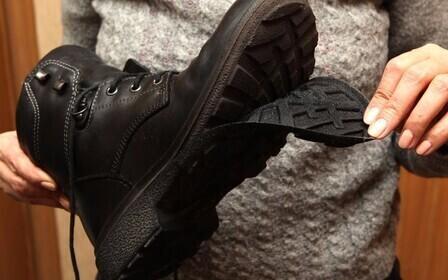 Как правильно составить заявление на возврат обуви в магазин. Каковы основания: обувь оказалась непригодной для эксплуатации