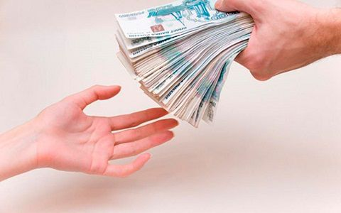 Как оформить заявление на возврат денег за товар?