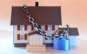 Арест единственного жилья. Как не допустить продажу жилья с торгов?