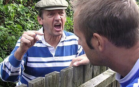 Что делать если угрожает сосед